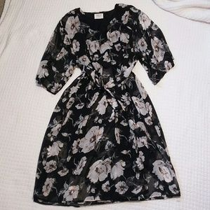 Sienna Sky juinors dress size L NWOT